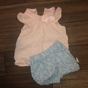 Carters outfit! No stains!